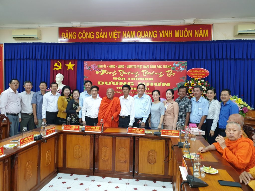 Sóc Trăng: Kính mừng Khánh tuế Trưởng lão Hòa thượng Dương Nhơn – Phó Pháp chủ HĐCM GHPGVN tròn 90 tuổi