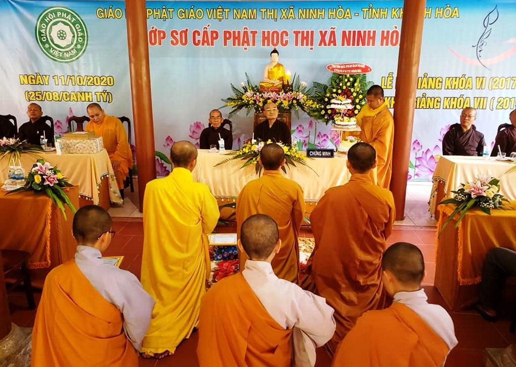 Lễ tổng kết khóa VI và khai giảng khóa VII của lớp Sơ cấp Phật học TX.Ninh Hòa tại tổ đình Thiên Bửu